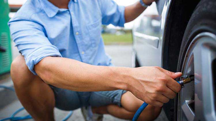 Use Less Gas with These Simple Tricks of Efficient Drivers