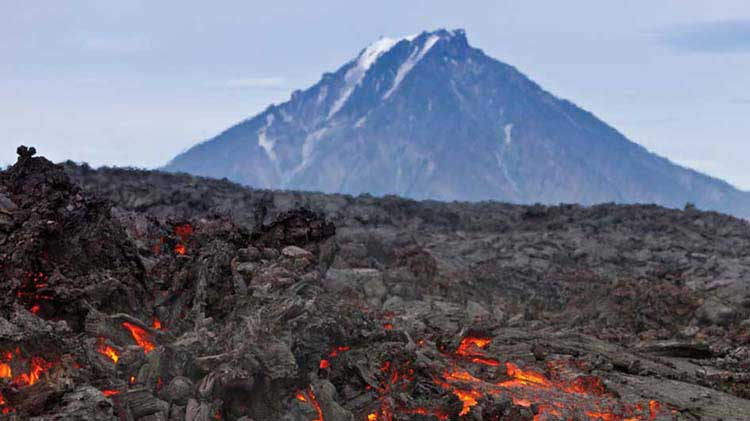 4 Volcano Safety Tips and Precautions