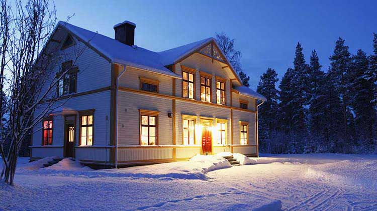 How to Protect Your Home While South for Winter Vacation
