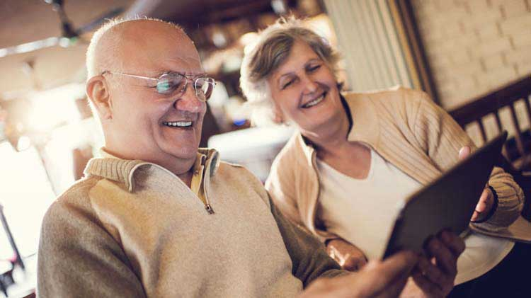 Couple reviews annuity information.