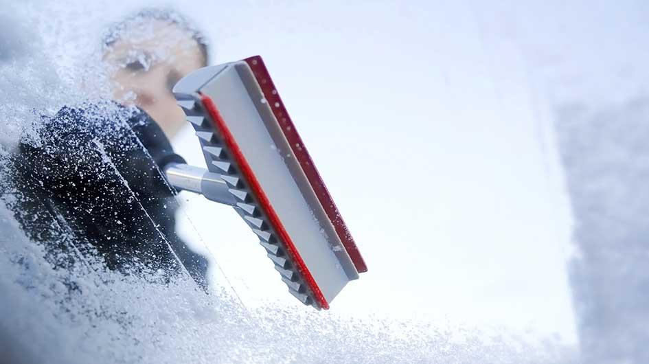 Maneras de tener tu vehículo libre de nieve y hielo