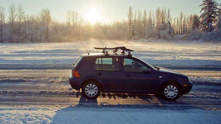¿Tiene tu carro esta característica de seguridad para carreteras con hielo?