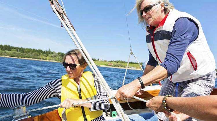 ¡Todos a bordo! ¿Conoces estas reglas náuticas de la ruta?