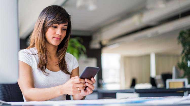 4 síntomas de adicción al teléfono celular