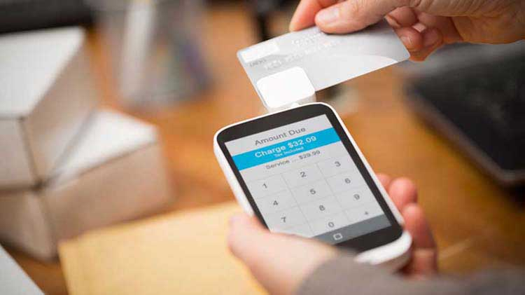 ¿Son los lectores móviles de tarjetas de crédito una buena opción para pequeñas empresas?