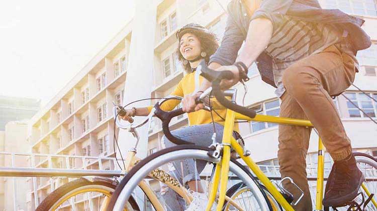 Consejos para viajar en bicicleta de manera segura