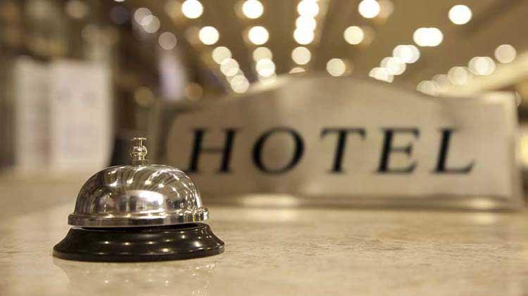Evita estos 3 peligros comunes cuando te hospedas en un hotel