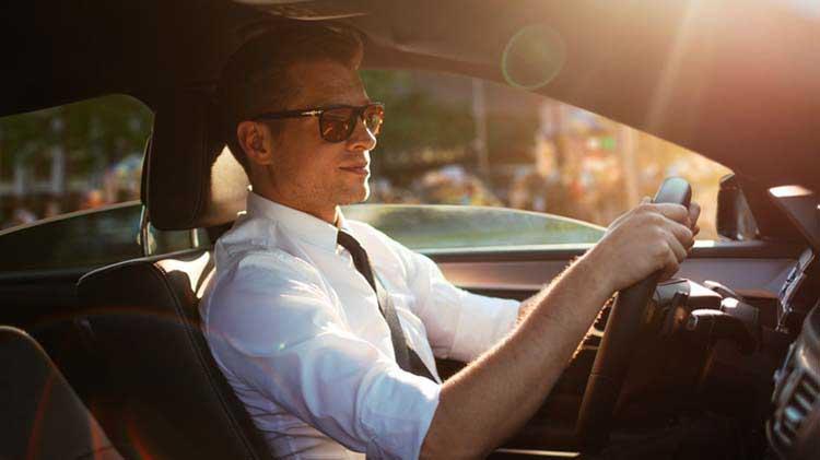 3 razones por las que están subiendo las tarifas del seguro de automóviles