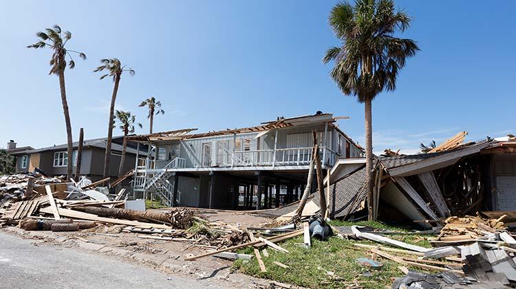 Mitigación del impacto del viento para prepararse contra daños causados por tormenta